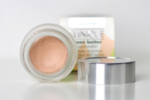 Clinique Even Better Concealer Natural Swatch