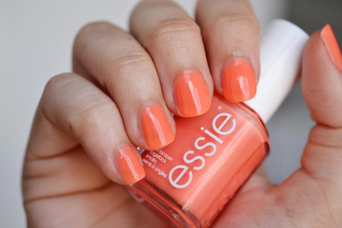 Essie Serial Shopper