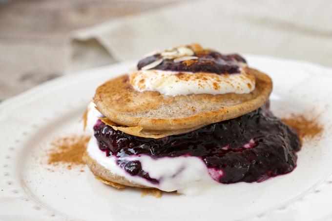 Zuckerfreie Pancakes Heidelbeermarmelade 4 klein
