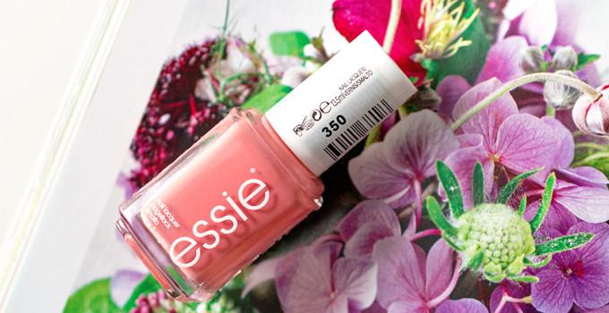 Montagsmaniküre: Essie Stones n'Roses (Resort Collection 2015)