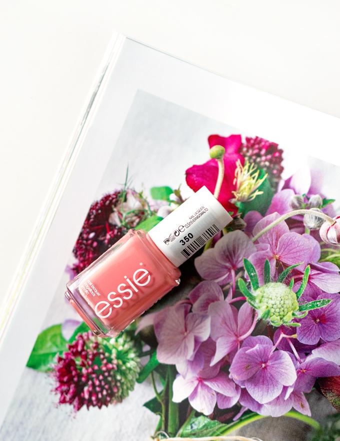Essie Stones N Roses 2 klein