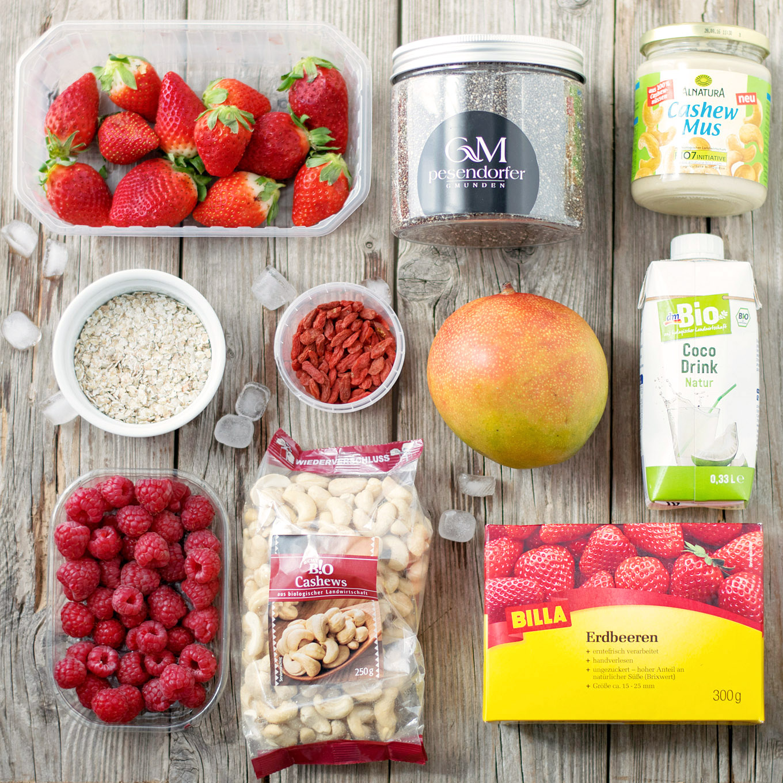 Mango-Erdbeer-Smoothiebowl 1